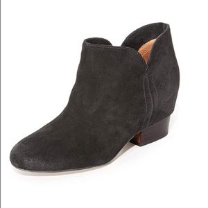 Matiko hidden wedge black booties